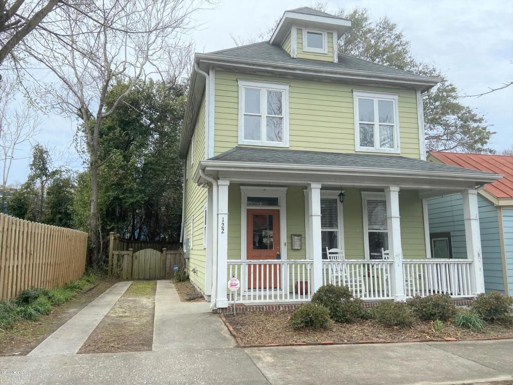 122 S 8th Street $297,000 (Sold)