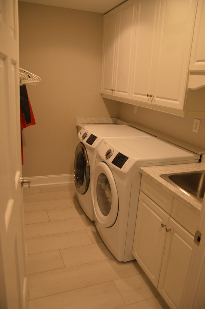 Photo or the laundry room at Governors Landing