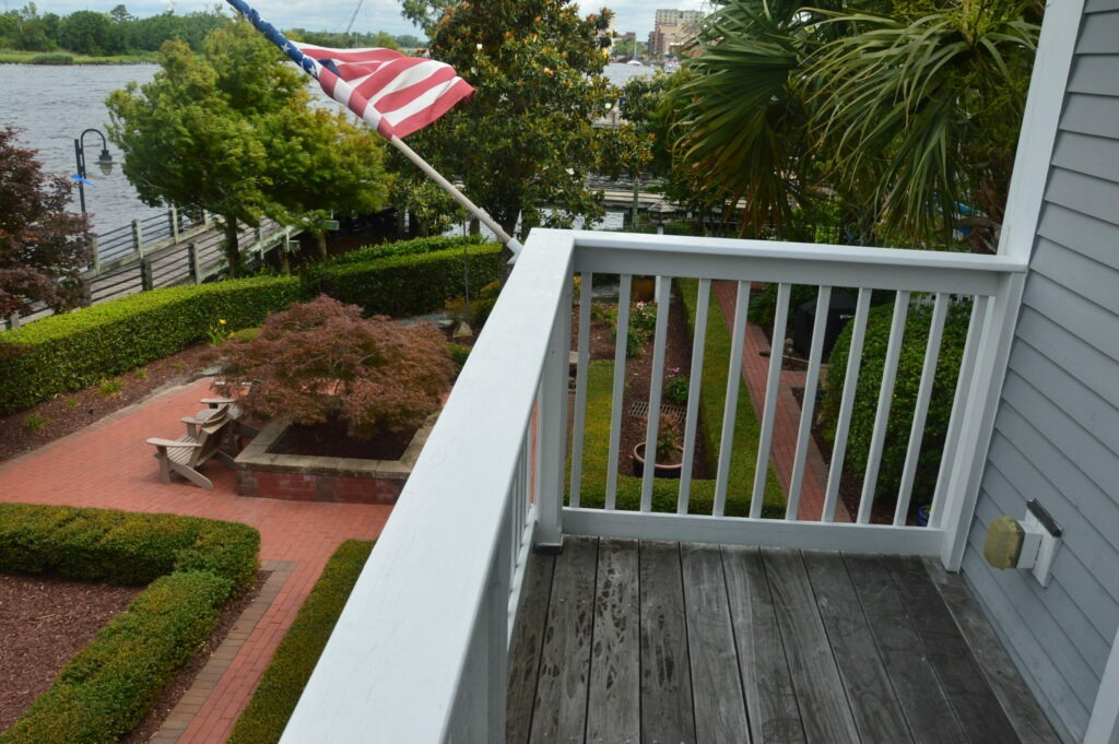 Photo of the balcony off the master bedroom at Governors Landing